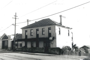 House and fire station, Old South Head Road, 1958