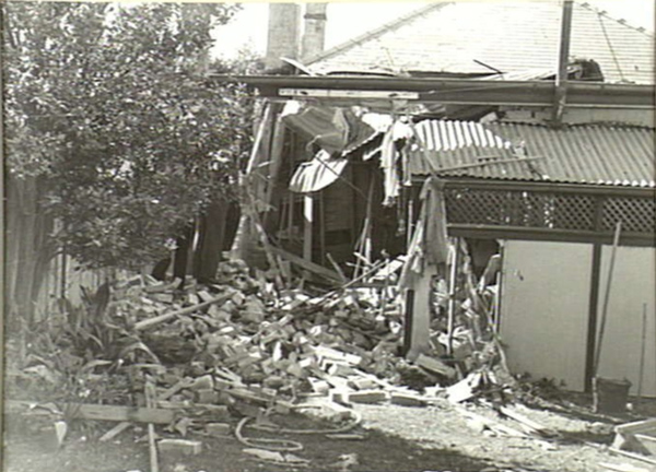 Badly damaged rear of house at 4 Bradley Avenue, Bellevue Hill. <em>Australian War Memorial 012595</em>.