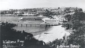 Postcard of Watsons Bay looking north