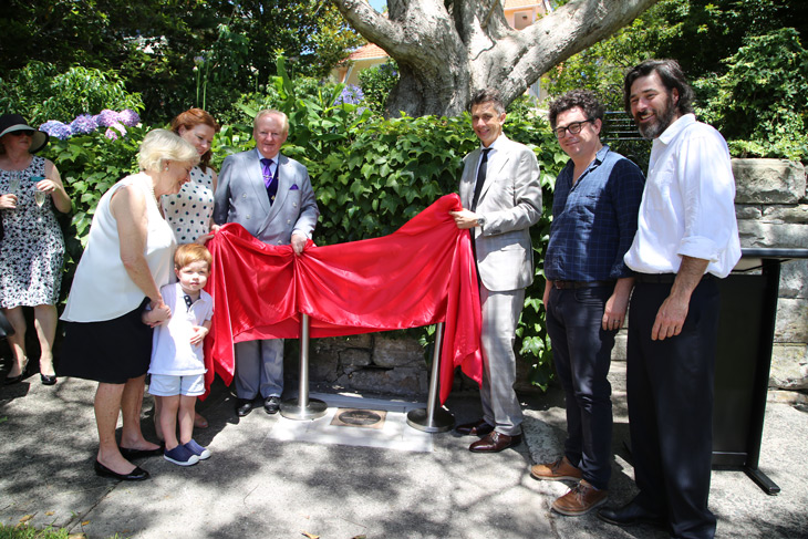 Mayor of Woollahra Peter M Cavanagh, Clr Anthony Marano and Herz family members.