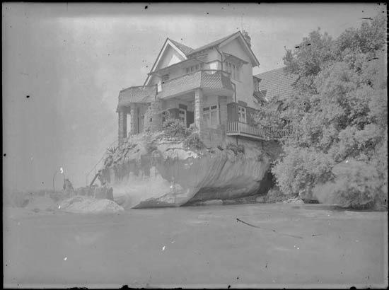 Frank Hurley's house Herewai
