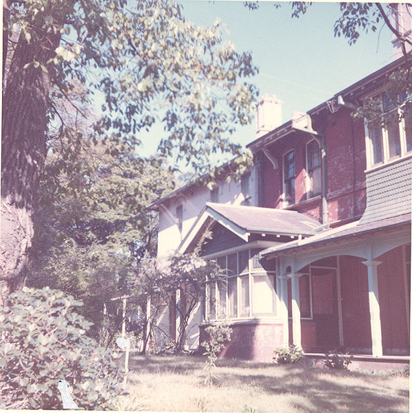 From an album of coloured photographs of Edgecliff dating from the mid 1960s - much of this area was extensively redeveloped during the 1970s with the construction of the Edgecliff Centre and the Edgecliff Interchange. Woollahra Libraries Digital Archive PF004610p.