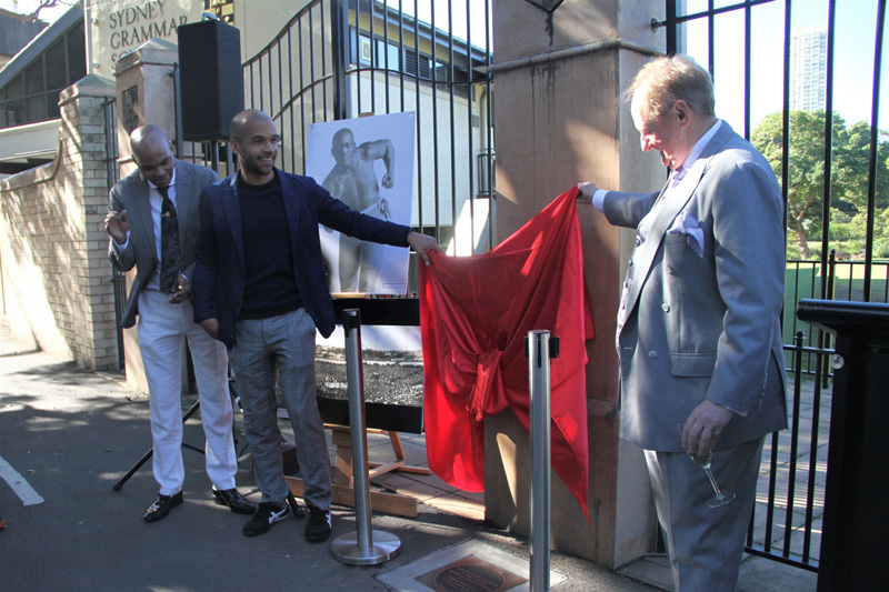 Plaque unveiling  - World Heavyweight Championship title fight 1908 – James White, guest speaker, Joseph Sarkodie, plaque nominator and on the right, Mayor Clr Peter Cavanagh.
