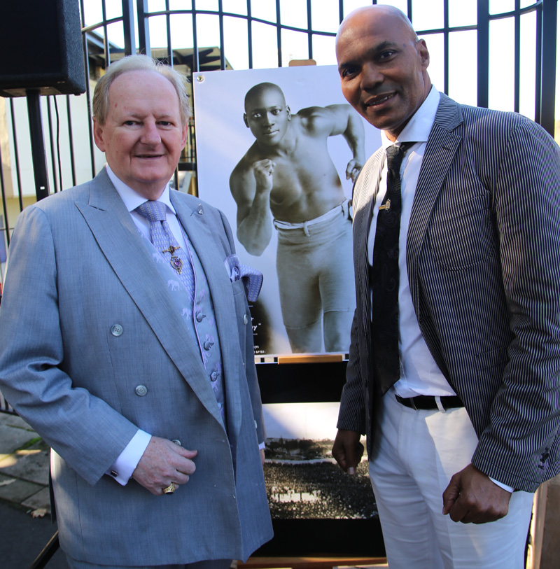 Plaque unveiling - World Heavyweight Championship title fight 1908 - Woollahra Mayor Clr Peter Cavanagh with James White, guest speaker.