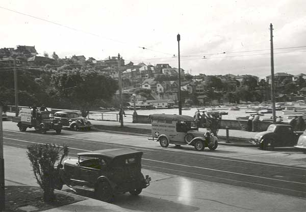 Woollahra Council in conjunction with the Royal Motor Yacht Club, carry out a National Emergency Services drill in September, 1940. Ambulances pictured in New South Head Road, Rose Bay. <em>Woollahra Libraries Digital Archive pf004577</em>.