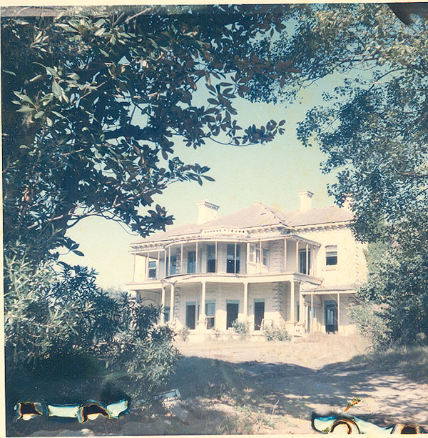 Quiraing 6 Trelawney Street Woollahra – built 1865 for John Donald McLean, squatter and politician, demolished 1966 and replaced by a block of flats. Image from an album of coloured photographs of the Edgecliff area. Woollahra Libraries Digital Archive PF004610a.
